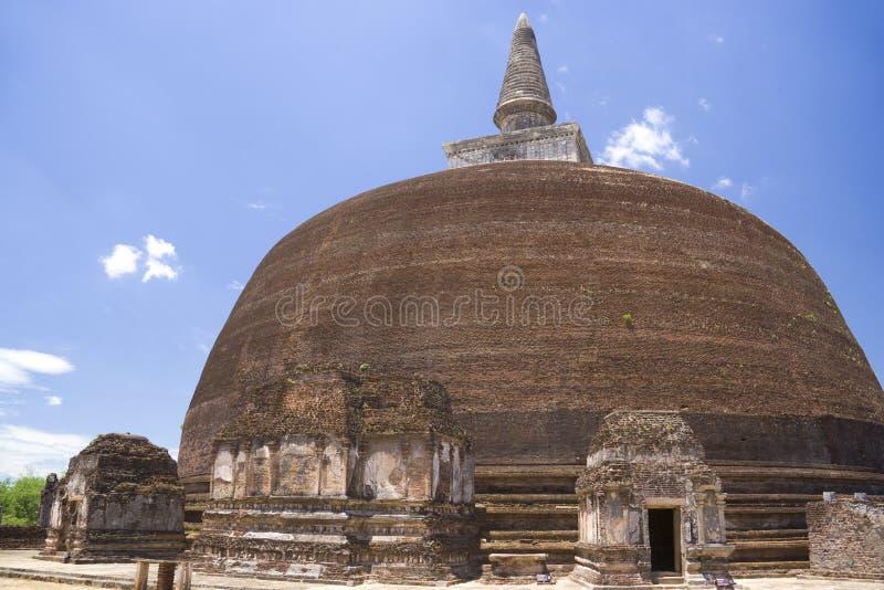 Rankoth Vehera, Polonnaruwa, Sri Lanka foto de stock royalty free