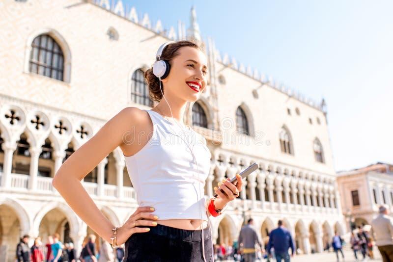 Ranku ćwiczenie w starym miasteczku Wenecja fotografia royalty free