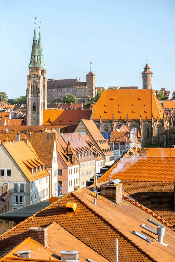 Ranku pejzażu miejskiego widok na Nurnberg mieście, Niemcy zdjęcie stock