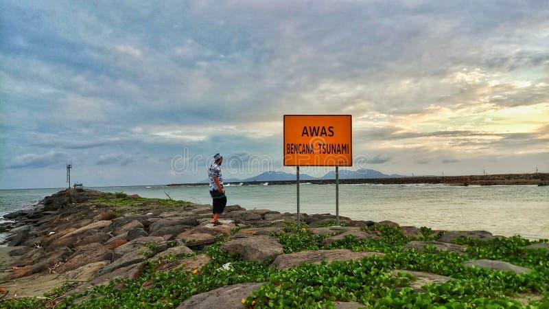 Ranku popiół przy plażą w północnej poradzie sumatera fotografia stock