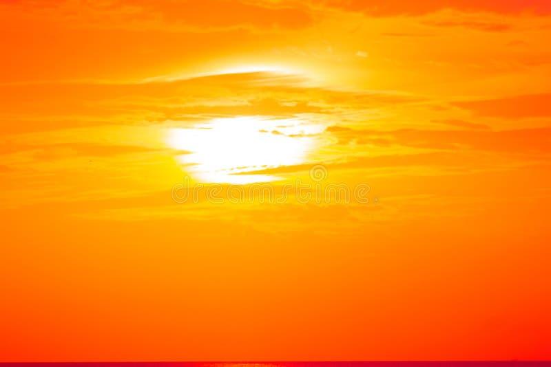 Ranku słońca światło - pomarańczowa gorąca strefa ilustracja wektor