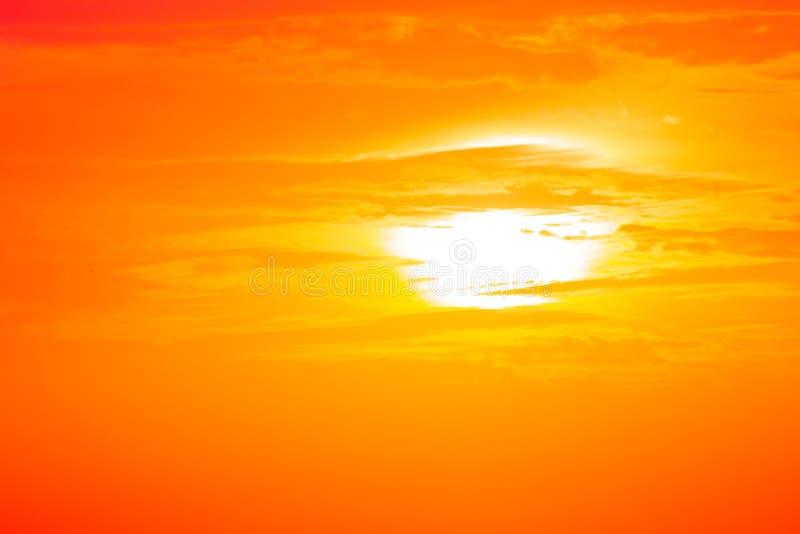 Ranku słońca światło - pomarańczowa gorąca strefa obrazy stock