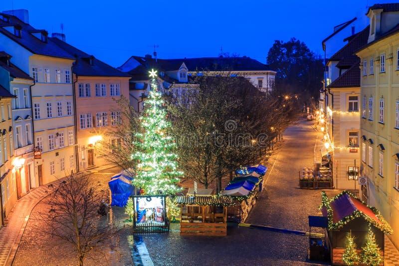 Ranku widok antyczne ulicy miasto Praga obrazy royalty free