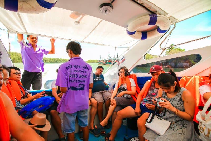 RANONG, TAILANDIA - 20 SETTEMBRE: Viaggio non identificato del viaggiatore fotografia stock
