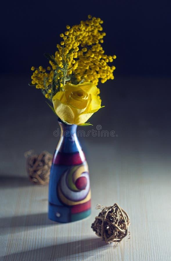 Ranunkulus and mimosa