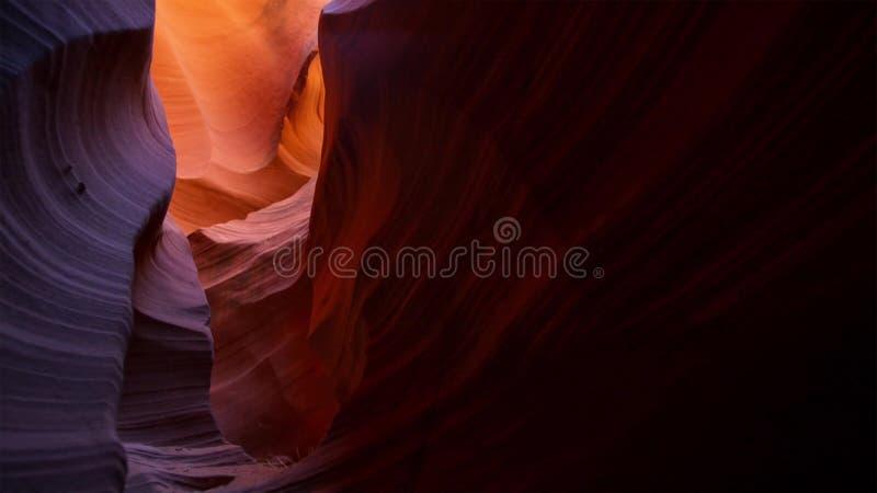 Ranure el barranco en el parque nacional de Escalante de la escalera magnífica, Utah, los E.E.U.U. Las formaciones coloridas inus foto de archivo