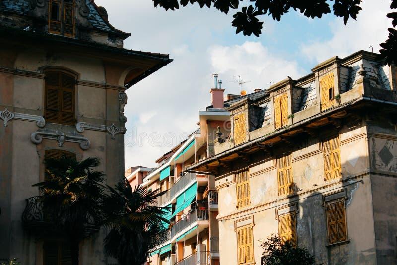 Rapallo Italien - 03 27 2013: Sikt av gatorna av en semesterortstad Rapallo royaltyfria foton