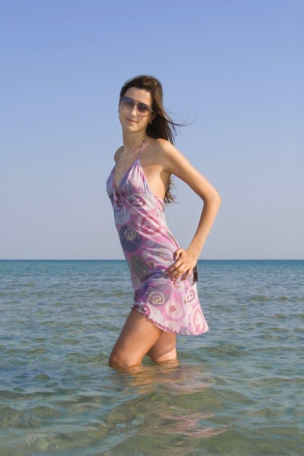 Rapariga bonita nos óculos de sol imagem de stock royalty free
