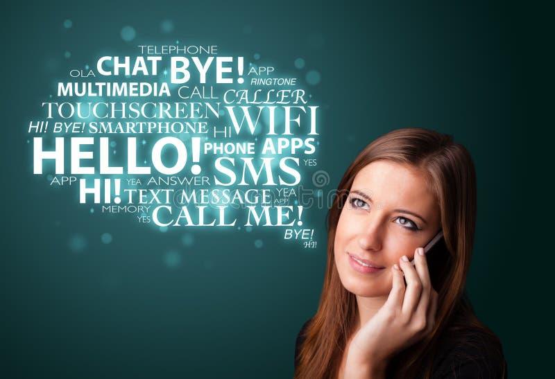 Download Rapariga Que Chama Pelo Telefone Com Nuvem Da Palavra Foto de Stock - Imagem de mensagem, fundo: 29844938