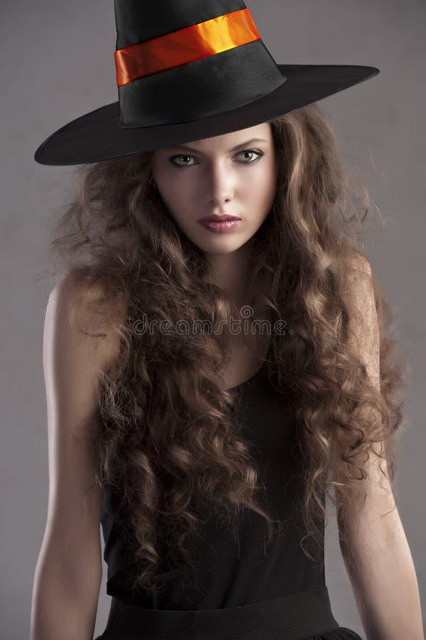 Rapariga bonita vestida para Halloween imagem de stock