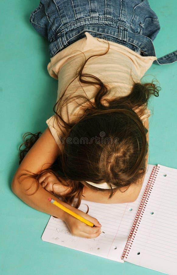 Rapariga com caderno imagens de stock royalty free