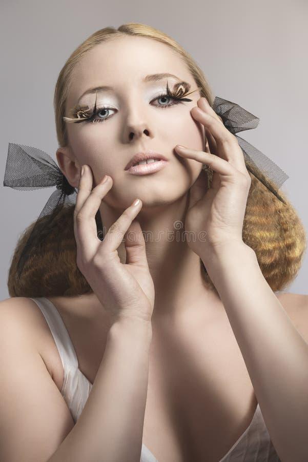 Rapariga com composição criativa fotografia de stock