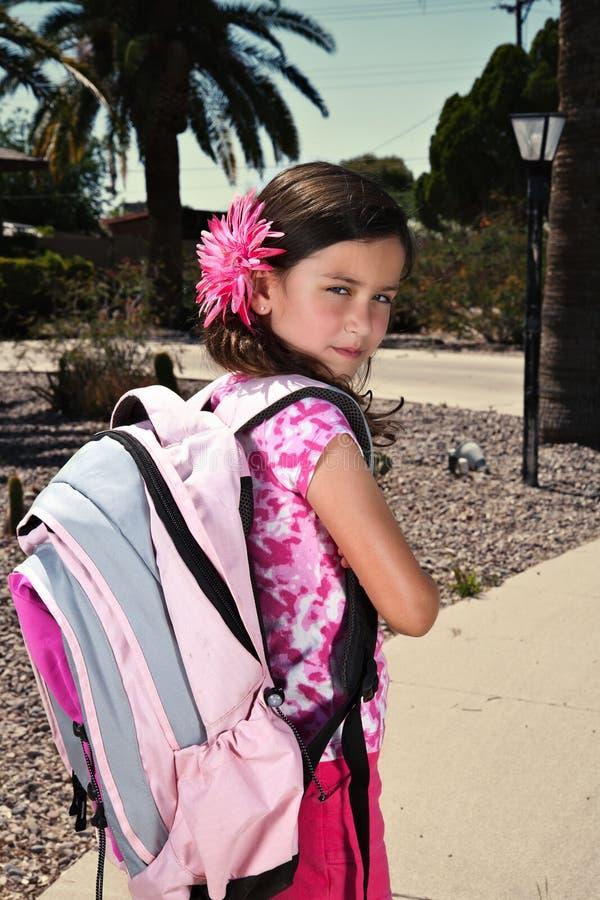 Rapariga com expressão Sassy foto de stock