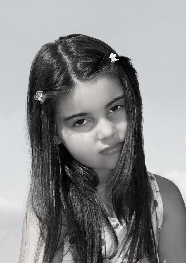 Rapariga de cabelo escura foto de stock