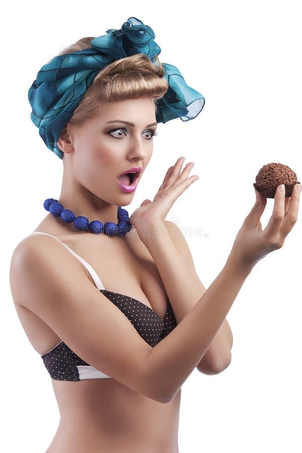 Rapariga loura que faz a face imagem de stock royalty free