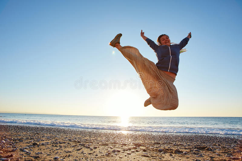 Rapariga na praia fotos de stock royalty free