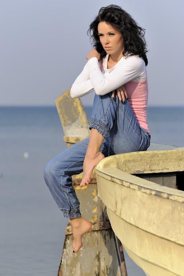 Rapariga no tempo de verão foto de stock royalty free