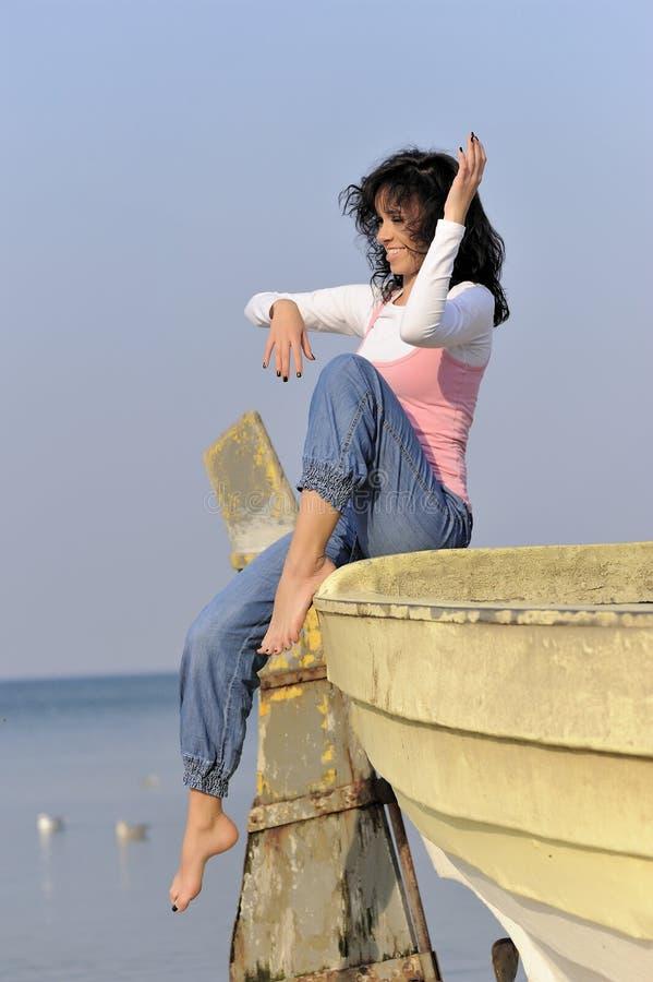 Rapariga no tempo de verão imagem de stock royalty free