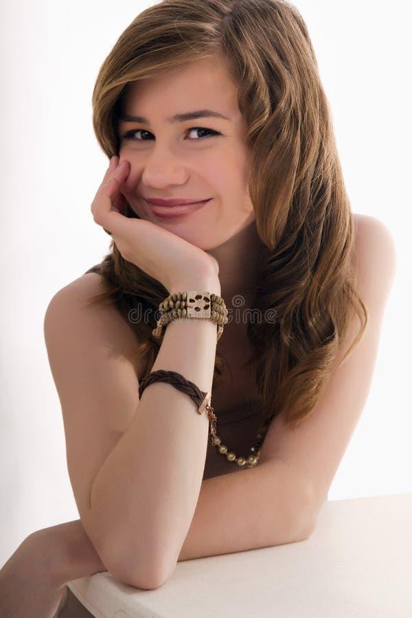 Rapariga que sorri na escola  imagens de stock