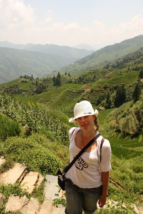 Rapariga que viaja em Ásia fotografia de stock royalty free