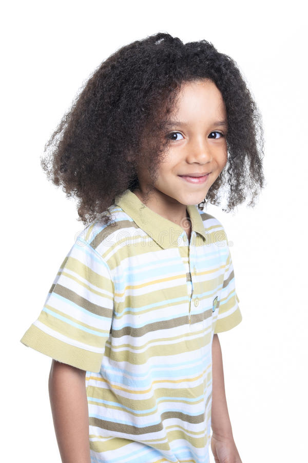 Rapaz pequeno africano adorável com bonito imagem de stock royalty free