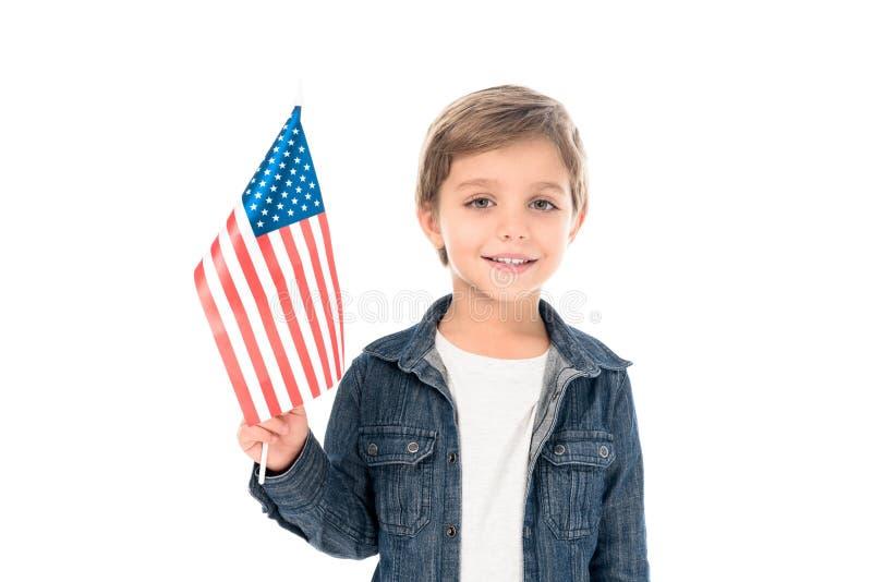 rapaz pequeno feliz com bandeira dos EUA imagens de stock royalty free