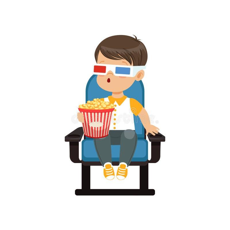 Rapaz pequeno surpreendido bonito nos vidros 3d que sentam-se em uma cadeira azul, comendo a pipoca e olhando o filme 3D no cinem ilustração stock