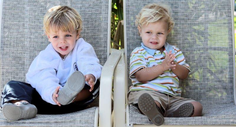 Rapazes pequenos fotografia de stock