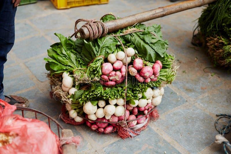 Rape porpora - primo piano delle verdure nepalesi fotografie stock libere da diritti