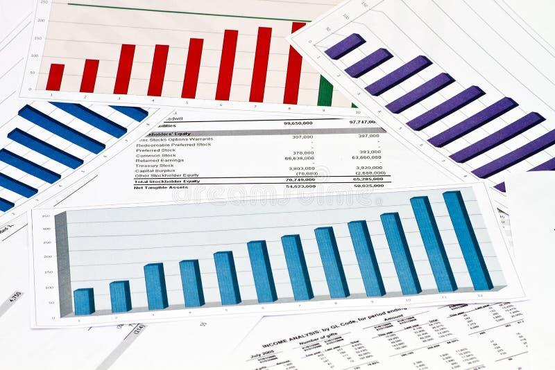 Raport annuale di dichiarazione sui grafici e sui grafici fotografia stock