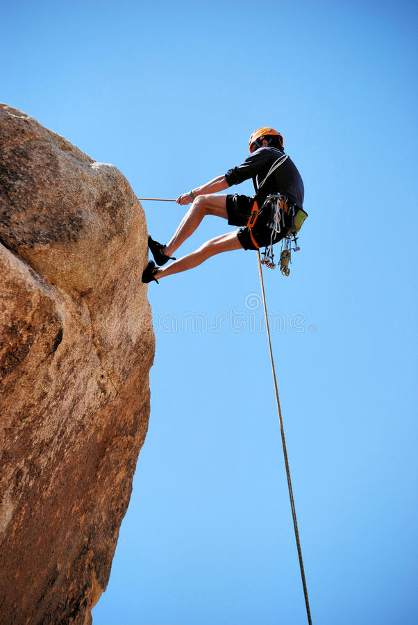 Rappelling Multi-Pitch