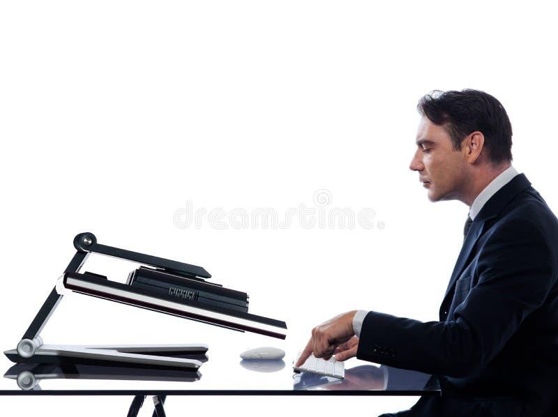 Rapport d'homme avec le concept de panne d'ordinateur photographie stock