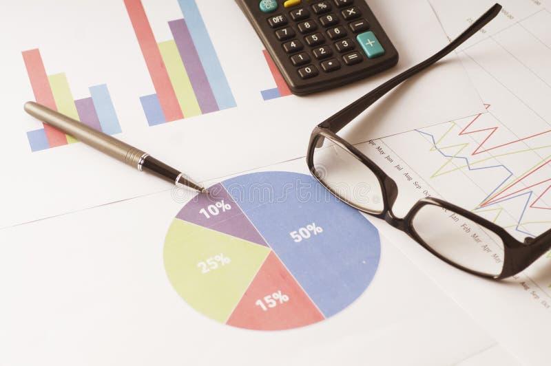 Rapport van de marketinganalyse voor het jaarverslag stock fotografie
