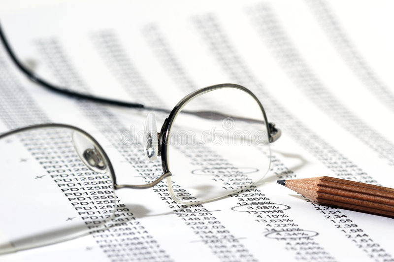rapportera försäljningar arkivbild
