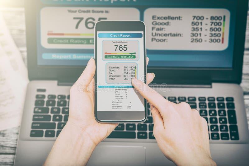Rapportez les opérations bancaires de score de crédit empruntant la forme de risque d'application image libre de droits