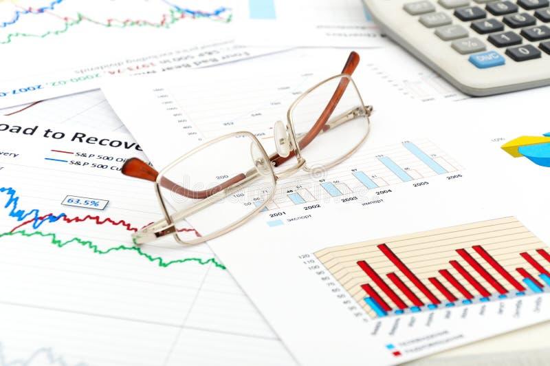 Rapporto e statistica finanziari della foto immagini stock libere da diritti
