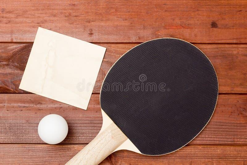Raquetes de tênis de mesa com um revestimento preto fotos de stock royalty free