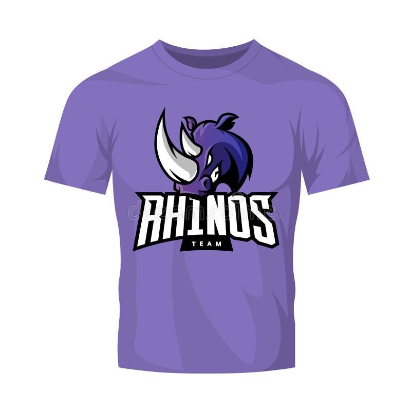 Rasande begrepp för logo för noshörningsportvektor som isoleras på purpurfärgad t-skjorta modell vektor illustrationer