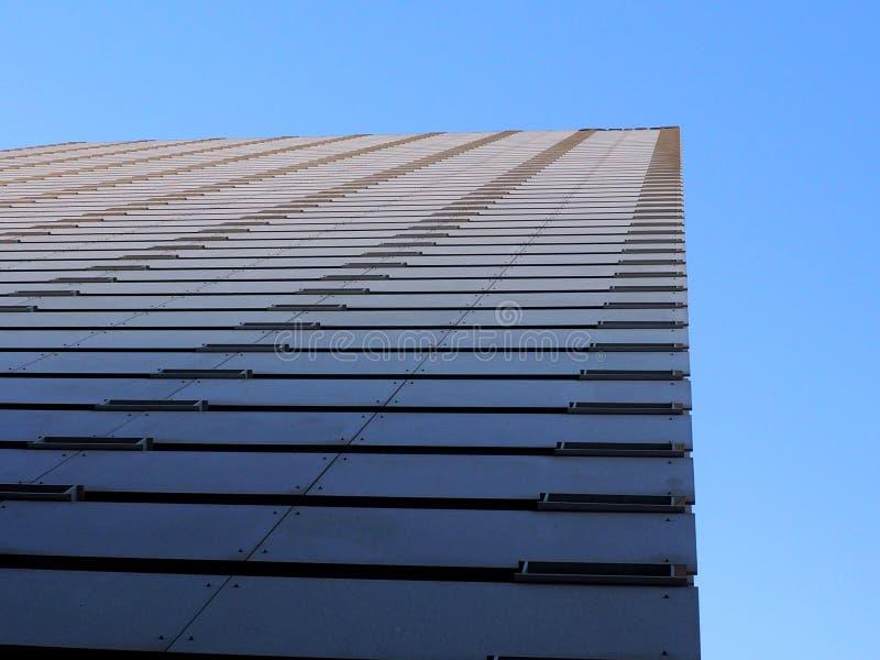 Download Rascacielos imagen de archivo. Imagen de cielo, shape - 100527295