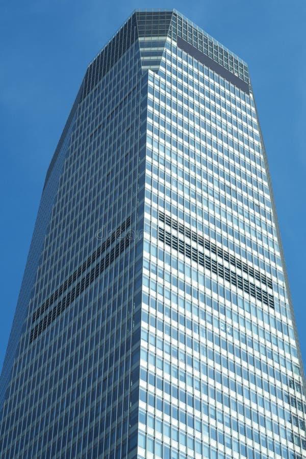 Rascacielos comercial moderno fotografía de archivo