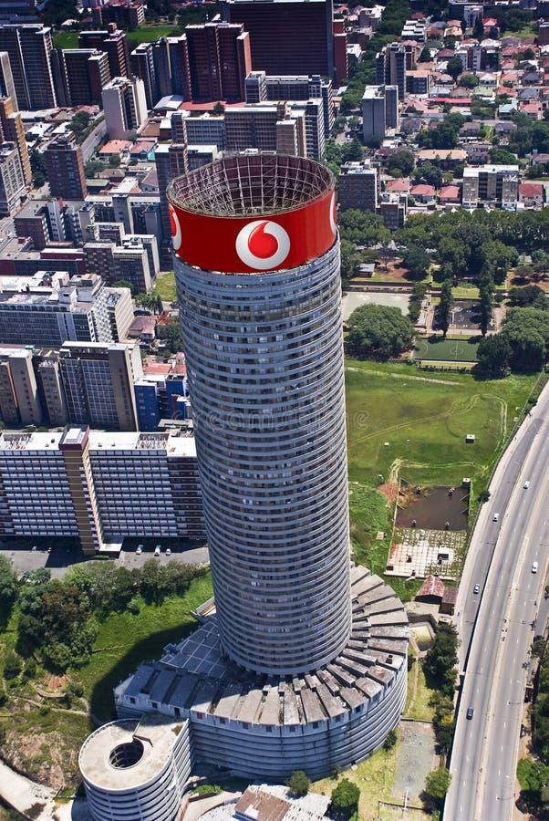 Rascacielos de Vodacom Vodafone Ponte imagenes de archivo