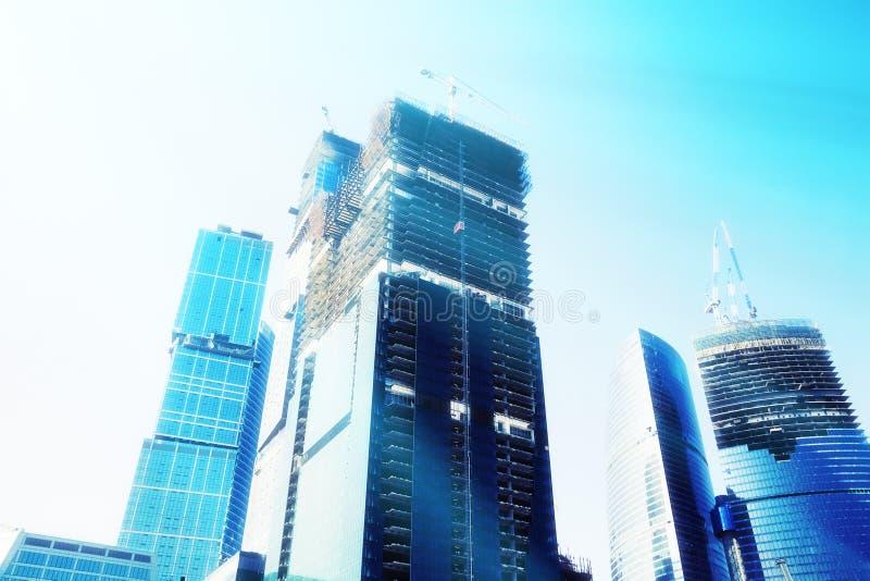Rascacielos futuristas fotografía de archivo