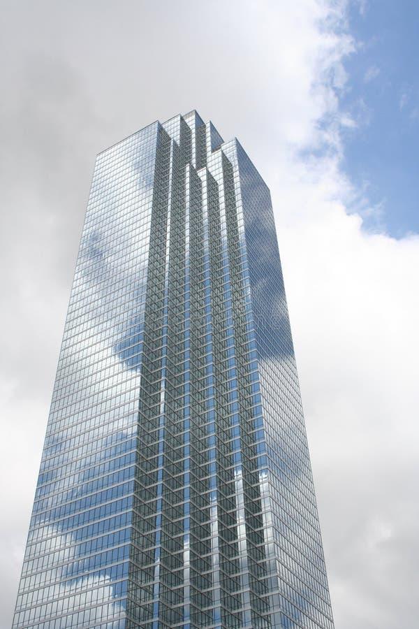 Rascacielos geométrico imágenes de archivo libres de regalías