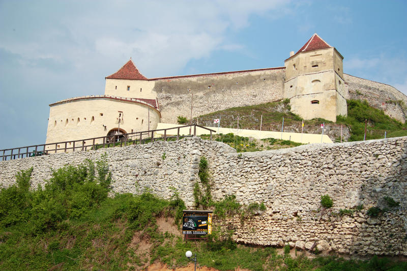 Rasnov medieval da fortaleza, Romania imagens de stock