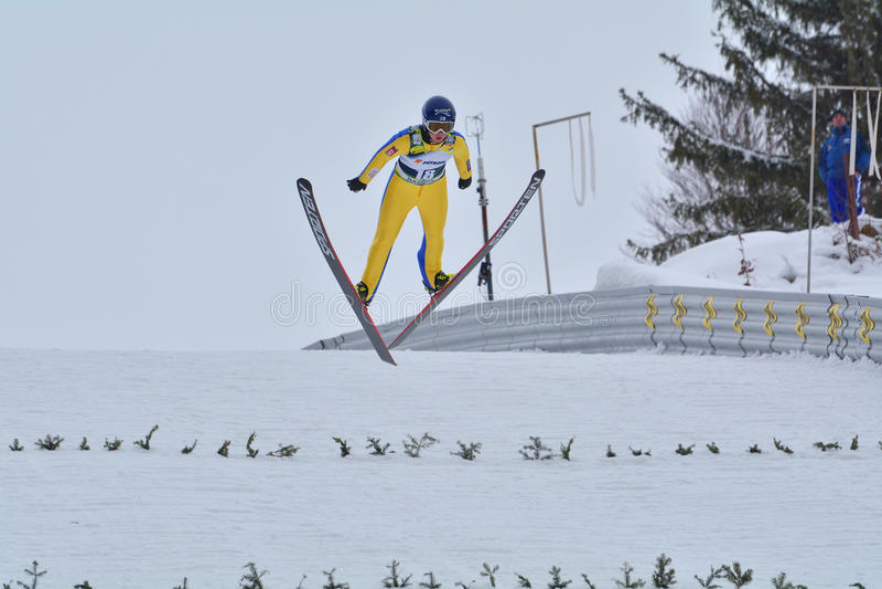 Rasnov, Roumanie - 7 février : HOELZL Chiara concurrence dans le FIS Ski Jumping World Cup Ladies photographie stock libre de droits