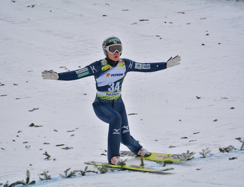 Rasnov, Roumanie - 7 février : Le pullover de ski inconnu concurrence dans le FIS Ski Jumping World Cup Ladies le 7 février 2015  photos stock