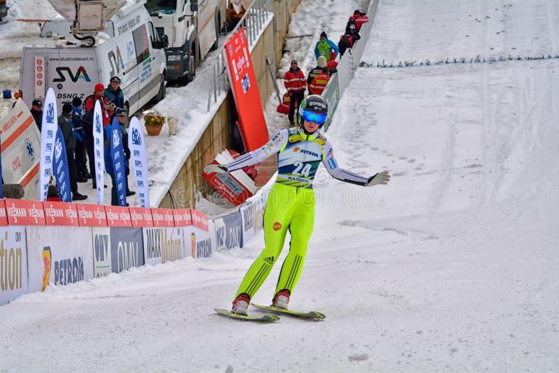 Rasnov, Roumanie - 7 février : Le pullover de ski inconnu concurrence dans le FIS Ski Jumping World Cup Ladies le 7 février 2015  photographie stock
