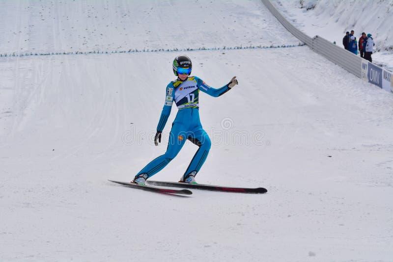 Rasnov, Roumanie - 7 février : MALSINER Manuela concurrence dans le FIS Ski Jumping World Cup Ladies le 7 février 2015 dans Rasno photos stock