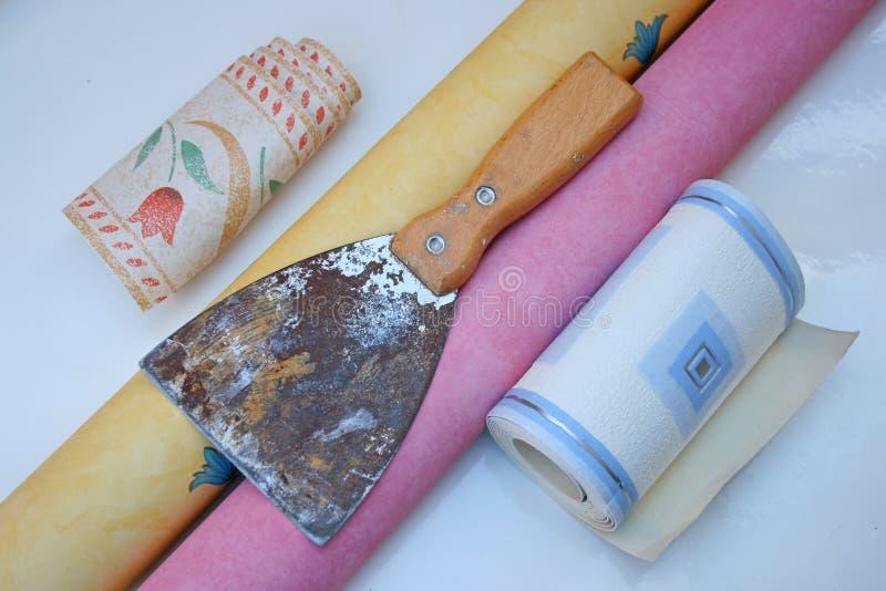 Raspador del papel pintado. imágenes de archivo libres de regalías