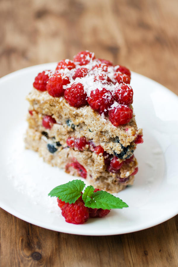 Download Raspberry Cake Royalty Free Stock Photo - Image: 20593425